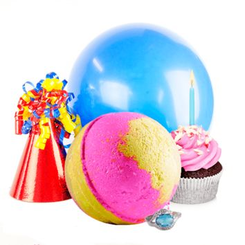 Birthday Cake | Single Ring Bath Bomb®