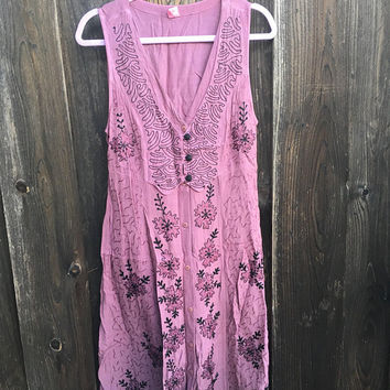 Vintage Medieval Dress / Embroidered Renaissance Dress / Deep Lavender / Purple / Full - Length / Exquisite Details / Boho Hippie Dress