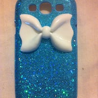 Samsung Galaxy S3 sparkle case with huge bow by GlitterLovers