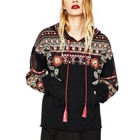 Boho Inspired female sweatshirt fashion floral embroiedered black women hoodies long Sleeve V-neck tassels brand clothing 2017