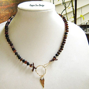 Gold Rustic Heart Necklace with Multicolor Faceted Agate Stones, Beaded Collar, Eclectic, Boho Chic, Shabby Chic Jewelry