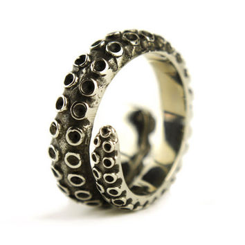 Octopus Tentacle Ring Antique Silver Color Adjustable Ring Wrap Ring Boho Steampunk Jewelry - FRI005WB