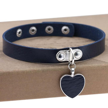 Fashion Sexy Punk Gothic Leather Choker Necklace Heart Studded Spike Rivet Buckle Collar