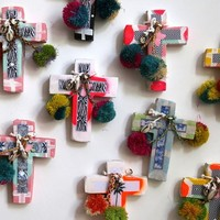 ASSORTED MINI CROSS | ART | AHOY TRADER