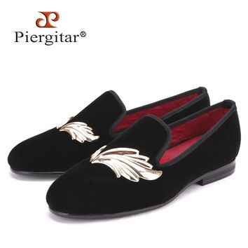 Piergitar Handmade women velvet shoes with gold leaf metal Fashion Party and Wedding lady loafers female's flat