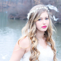 bridal headband, wedding accessories, ivory Hair Crown, White wedding hair piece, woodland tiara, bridal head piece
