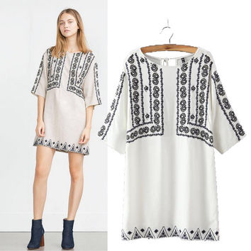 Stylish Round-neck Three-quarter Sleeve Embroidery Cotton Women's Fashion Dress One Piece Dress [5013157764]