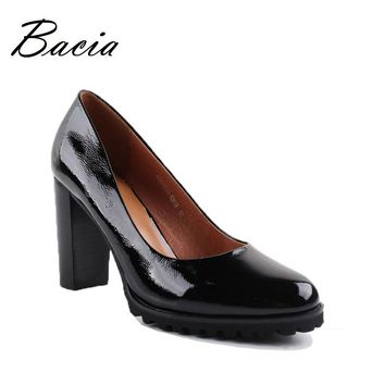Bacia Genuine Leather shoes Women Round Head Pumps Sapato feminino High Heels Patent Leather Fashion Black Party Shoe 2017 VA010