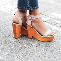 Jeffrey Campbell Womens Full Swing Platform