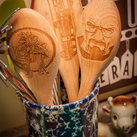 Set of 3 Breaking Bad Engraved Wooden Spoons, Los Pollos Hermanos, LEt's Cook, I am the Danger! Beech Wood Personalized Gifts