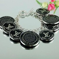 8DESS Louis Vuitton Woman Accessories Fine Jewelry Chain Bracelet