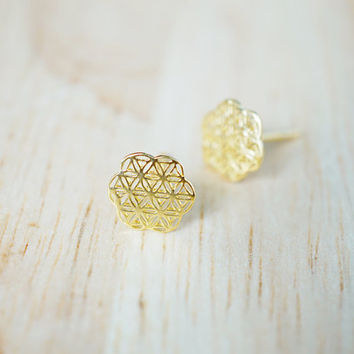 Flower Of Life Earrings,Gold plated daisy filigree earring, Silver plated stud, Filigree earrings, Geometric ear studs, Boho ear stud