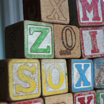 Great Set of  22 Vintage  Wooden Toy Blocks