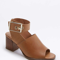 Casey Tan Buckle High Heels - Urban Outfitters