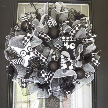 Black and White Halloween Wreath, Fall Wreath, Door Hanger, Halloween Decoration, Deco Mesh, Ready To Ship