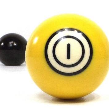 vintage 70s pool ball number 1 one yellow resin billiard collectible object decorative home decor altered art game room men modern retro old