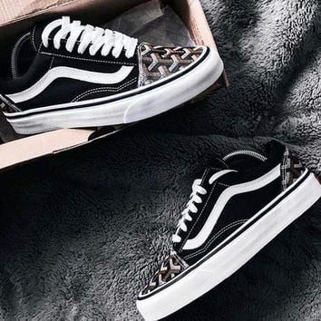 ONETOW Vans Old Skool X Goyard Customs Classic Low Pair casual skateboard shoes