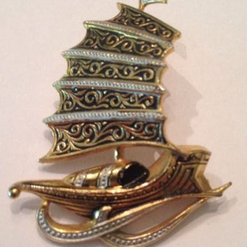 Vintage Spanish Danascene Ship Boat Brooch Spain Pin 1950s 1960s Jewelry