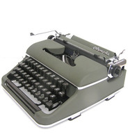 Working typewriter Olympia teal green superb working condition serviced new blue ribbon 1951 Germany