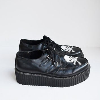 Vintage 90s Creeper Shoes Black with White Skulls Creeper Platform Chunky Heel Shoe Rave Club Kid Grunge Goth Size Women's 9.5 Men Size 8