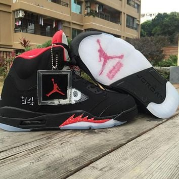 Supreme x Air Jordan 5 Black Unisex Basketball Shoes