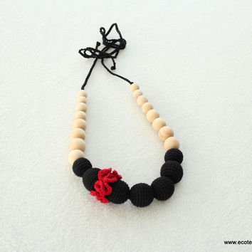 Black-red carnation - breastfeeding necklace