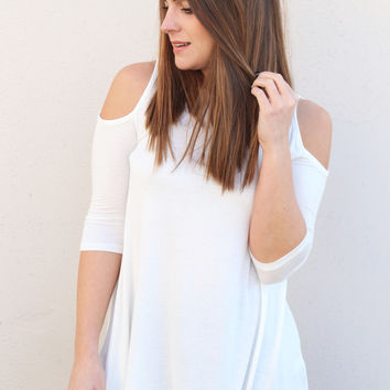 Cut It Out Cold Shoulder {Off White}
