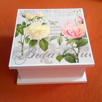 Jewelry box - Wooden tea box - Decorative Multifunctional Box - Jewellery storage - Flowers -  Butterflies - Handmade box