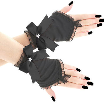 Black short fingerless gloves, romantic wedding wrist warmers, womens evening gloves, bridal pastel goth glove victorian lolita 0795B1
