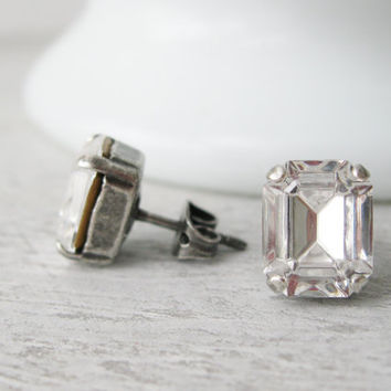 Crystal Stud earrings made with vintage Swarovski CRYSTALIZED Element. Set in antique silver settings Simple bridal earrings Wedding Jewelry