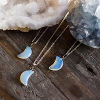 Moonstone Necklace - Polished Moonstone Jewellery - Moon opalite - Natural Crystal Healing. Reiki. Opalite Crystal Pendant Gift. Rough Cut