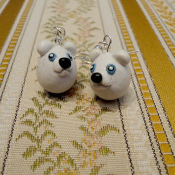 Polar bear earrings cute animal earrings handmade by NellinShoppi