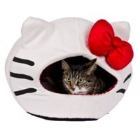 Hello Kitty Iglootastic Pet Bed
