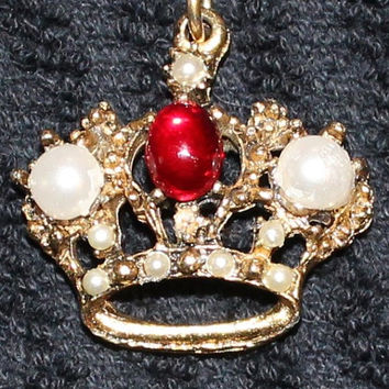 Vintage Retro Mid Century Renaissance Style 1960's Crown Pendant and Chain In Gold Tone With Red Rhinestone and Faux Pearls