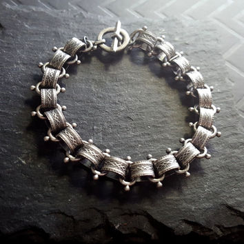 Antique Silver Chunky Bracelet, Silver Book Chain Bracelet, Antique Silver Jewelry, Vintage Style Book Chain, Silver Statement Bracelet