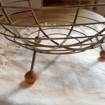 vintage egg basket with handle  wire