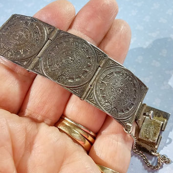 Vintage Sterling Silver Mexico Aztec Mayan Calendar Panel Bracelet Amazing Detail Collectors Piece Heavy Patina Wonderful Piece of the Past