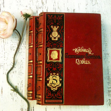 Red and Gold Books,Wedding Decor,Hipster Wedding,Fairytale Wedding,Table Setting,Red and Pink Books,Centerpiece
