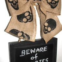Halloween Sign CHALKBOARD Metal Sign Skulls Hanging Burlap Bow Wreath Alternative Write your own message  Beware of Zombies - Walking Dead