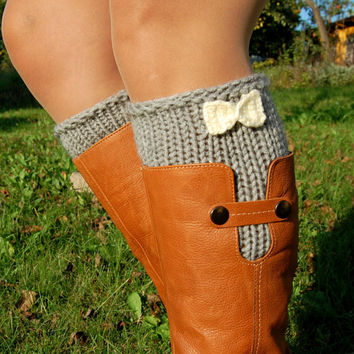 Hand knit Boot Cuffs with Crochet Bow , Knitted Boot Cuffs, Boot Toppers, Wool Boot Cuffs,Womens Boot Cuffs, Leg warmer, Womens Boots Socks