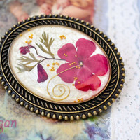 Real Flower Resin Brooch - Real small flowers in resin, Pressed Flower Jewelry - Resin Brooch - Resin Jewelry, Antique Bronze Frame