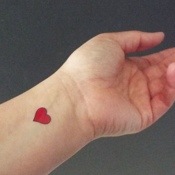 5 Temporary Tattoos Small Red Hearts / Fake Tattoos / Set of 5