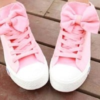 Cute Bow Canvas Shoes from thankyoutoo
