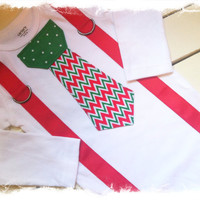 BOYS CHRISTMAS OUTFIT-Red Green Chevron Christmas Tie-Tie Bodysuit with Suspenders-Boys Christmas Birthday-Cake Smash-Babys 1st Christmas