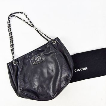 "CHANEL Miami Beach Cruise 2009 Sensual Schwarz Hobo Bag, 15"" X 4"" X 11"""