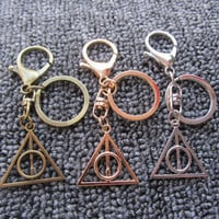Harry Potter Keychain-Harry Potter Luna Keychain Pendant Deathly Hallows Triangle Round Retro Key Chain Bag Charm Accessories