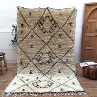 North African 5x8 moroccan beni ourain rug Wool Vintage Soft Beni Ourain Moroccan Handmade white and black, Oriental carpet
