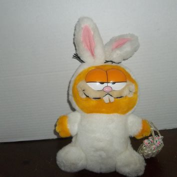 vintage 1981 dakin garfield the cat wearing easter bunny rabbit costume plush