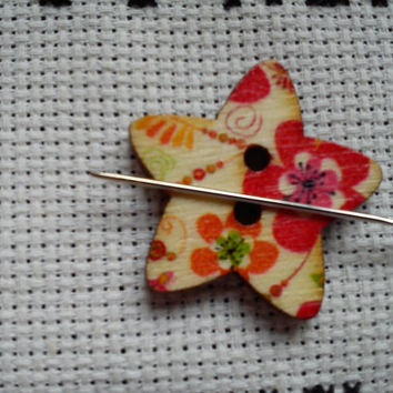 Red/multi coloured flower pattern Star shaped button magnetic needle minder (needle nanny, needle keeper)