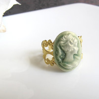 Vintage Victorian Inspired Lady Green Cameo Cabochon on Raw brass filigree ring. Everyday Jewelry. Simple gift, friendship, birthday gift